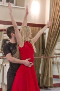 154401462.lwJEVAwU.dance_35